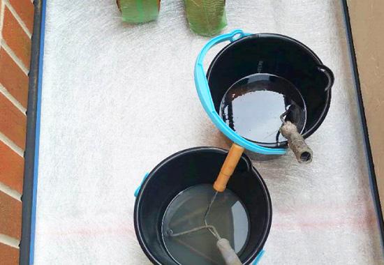 ガラスマット敷き準備