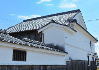 漆喰、土壁の建物