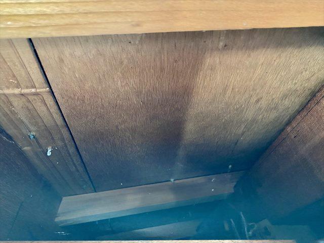 つくばみらい雨漏り_軒天断熱はがして屋根下地確認_0426_M00036(1)