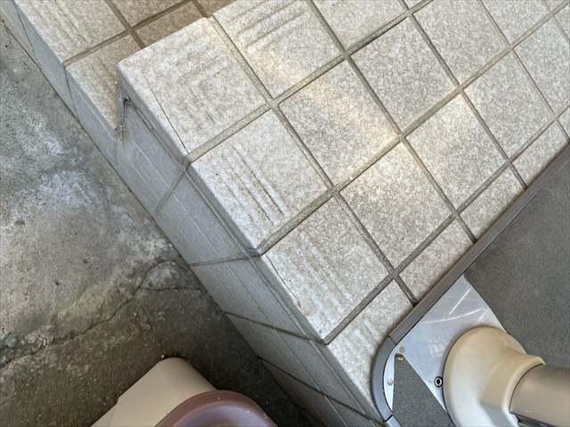 牛久雨漏り_ポーチタイル割れ_0226_M00039(1)019