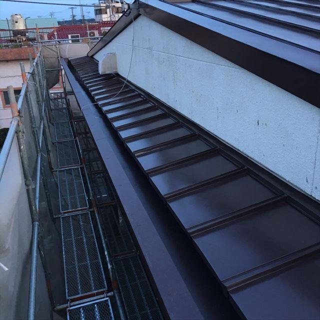 屋根上塗り完了20190601