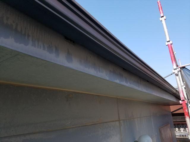破風板塗り替え前