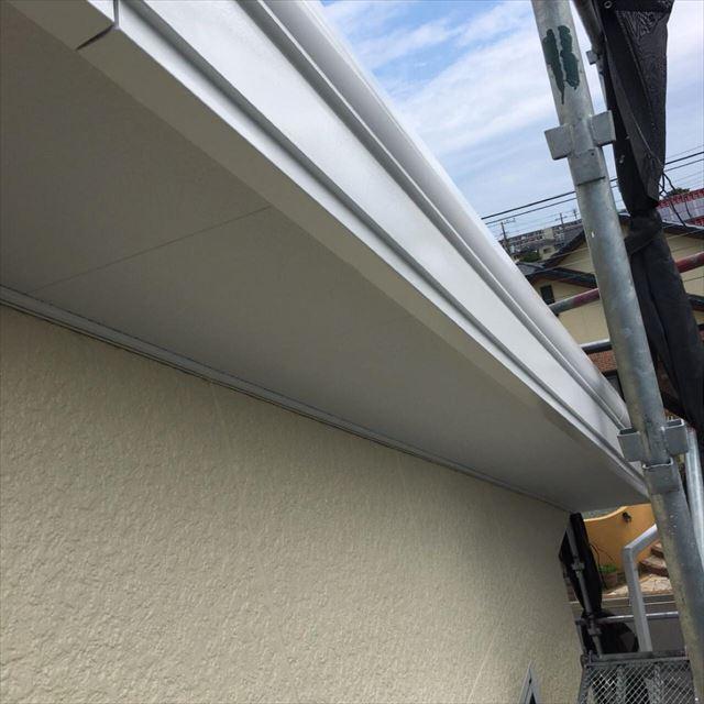 破風板塗装完了20190531