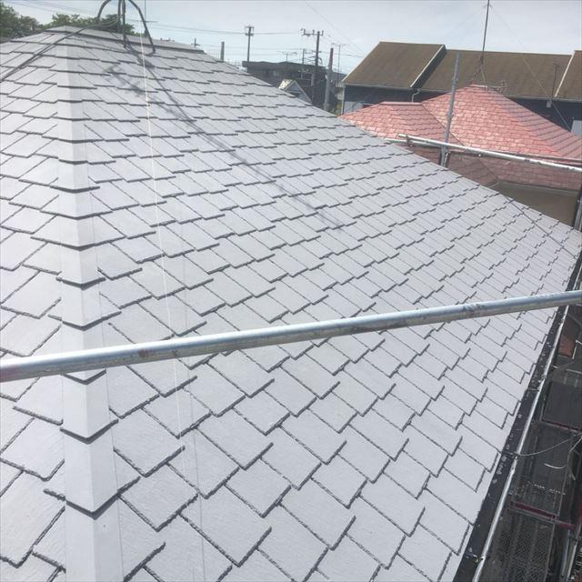 屋根上塗り完了20190408