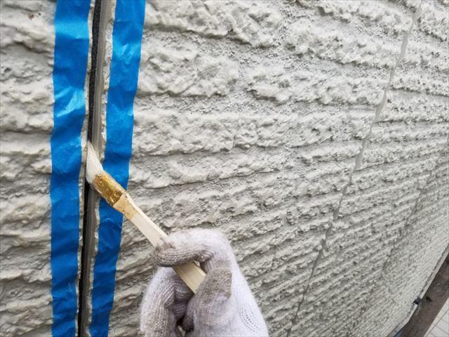 外壁コーキングプライマー塗布20180314