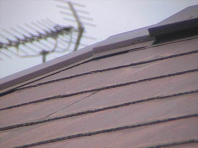屋根-板金-浮き (2)_M00009