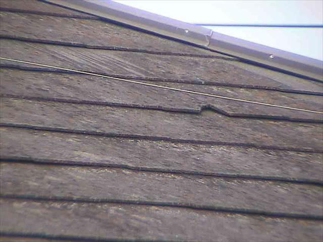 屋根-スレート-割れ_M00014
