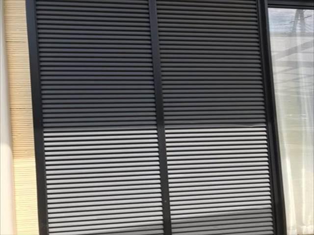 雨戸-鉄-塗膜劣化_M00009