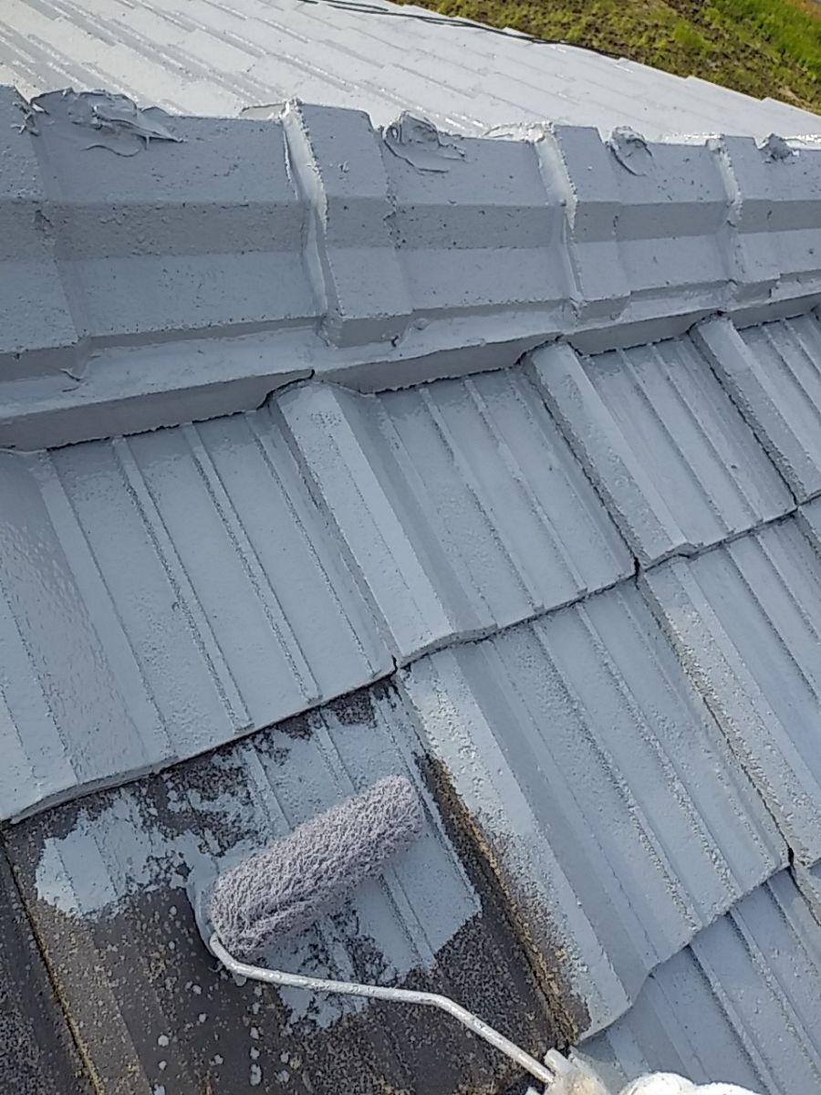 屋根下塗り中300015