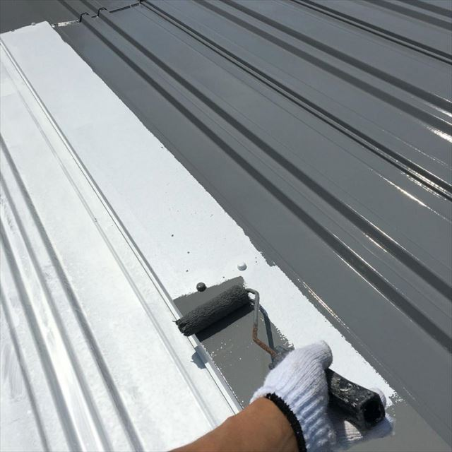 屋根中塗り20190415