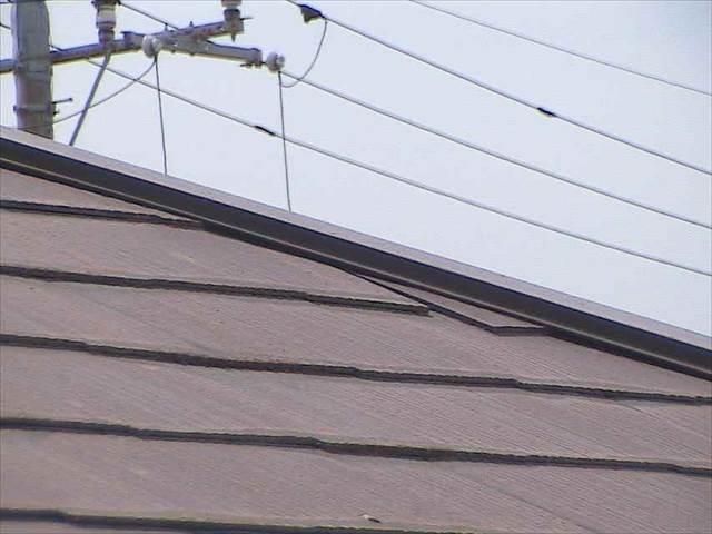 屋根-スレート-割れ_M00009