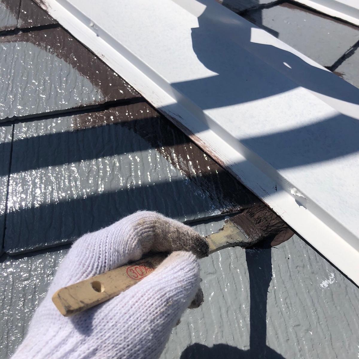 屋根上塗り1回目中(2)300013