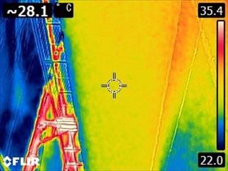 雨漏り工事後散水調査サーモカメラ20050