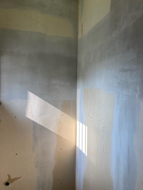 土浦市の空き家リフォーム!壁と床のクロスを張り替えて今風にリノベーション!
