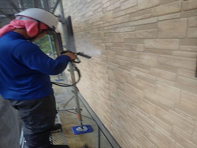 外壁高圧洗浄0828_a0001(6)01