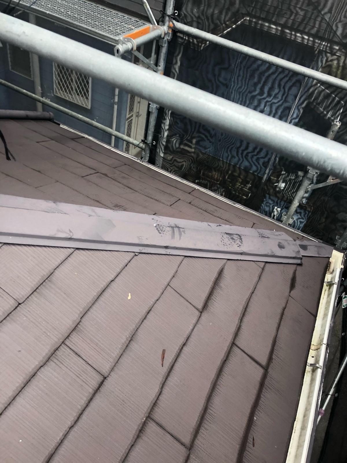 下屋根棟板金施工前300012